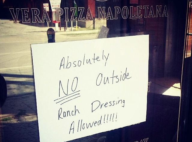 Dallas Pizzeria Cane Rosso Bans People From Bringing in Ranch Dressing