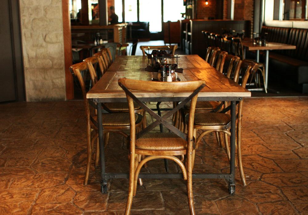 Taverna Rossa.
