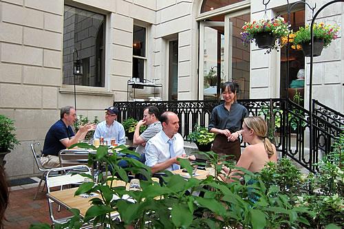 Is Rittenhouse Tavern closing up shop?