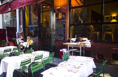 The original FiDi Cafe Claude.