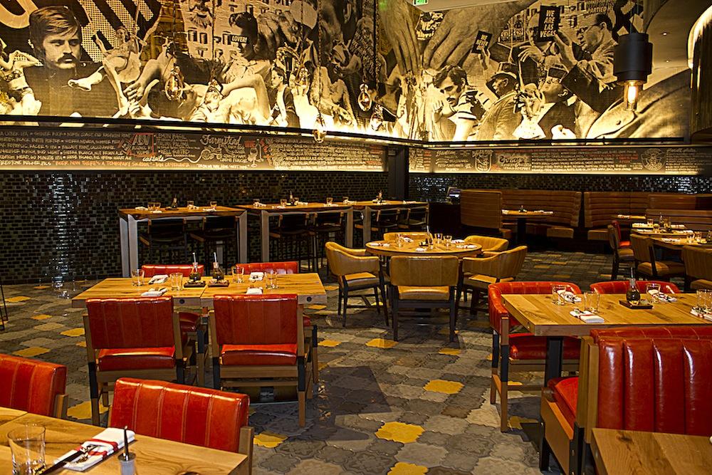 FIVE50 Pizza Bar's mural