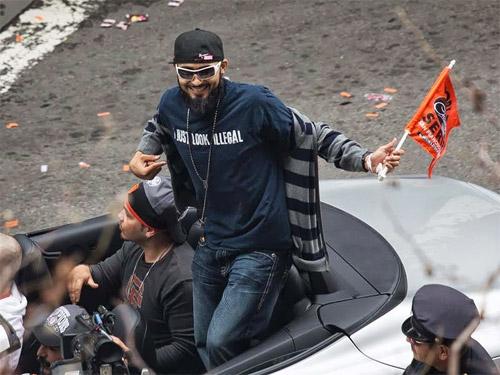 Romo at last fall World Series victory parade.