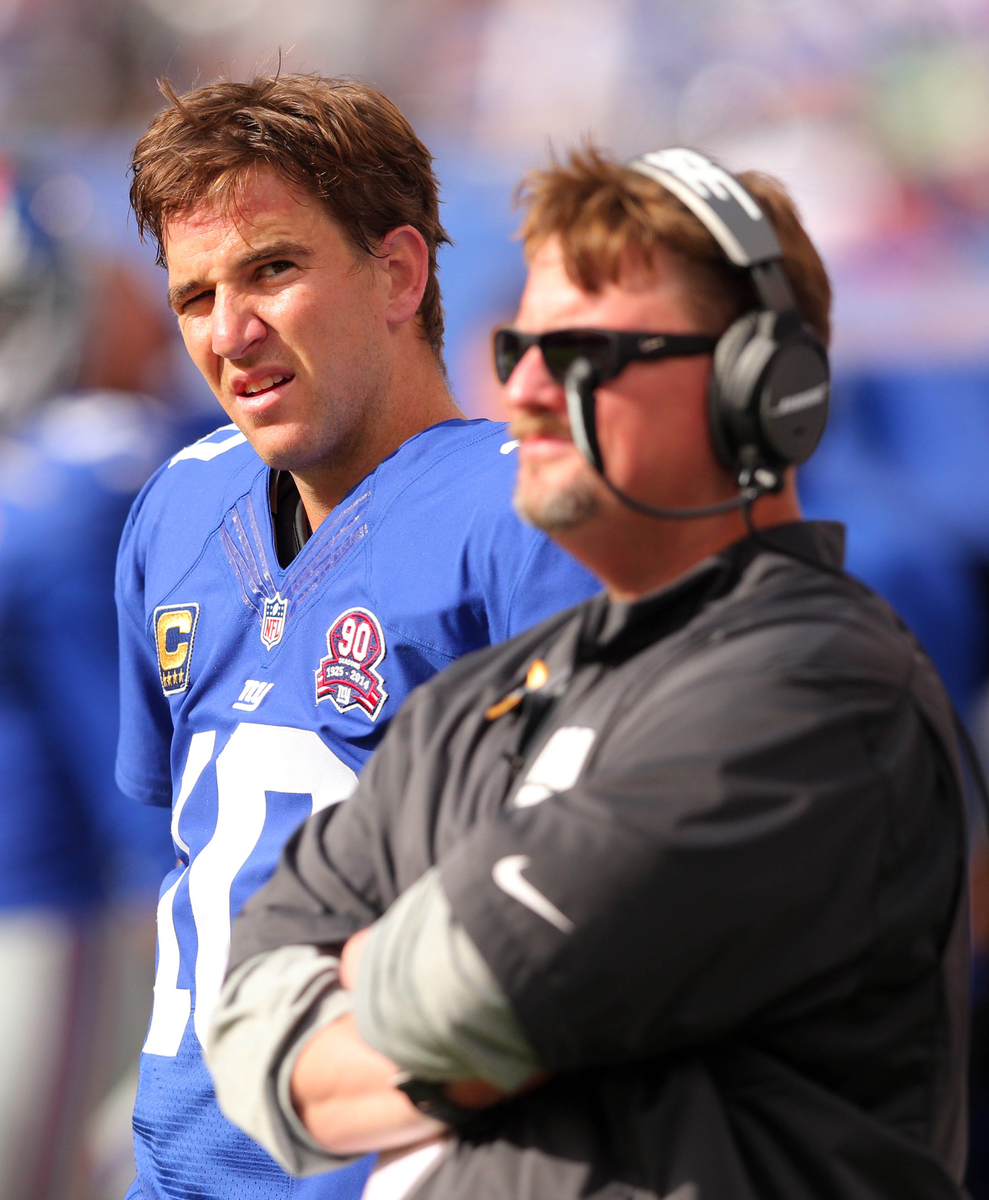 Eli Manning (left) and offensive coordinator Ben McAdoo during Sunday's game