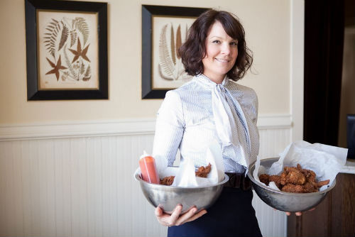 Lisa Garza serving up home-cooking at Sissy's.