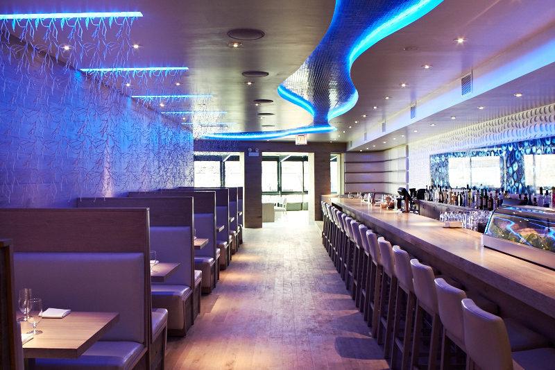 A sleek dining room or a living aquarium?