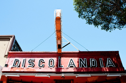 The old Dislocandia sign outside the new Pig & Pie.