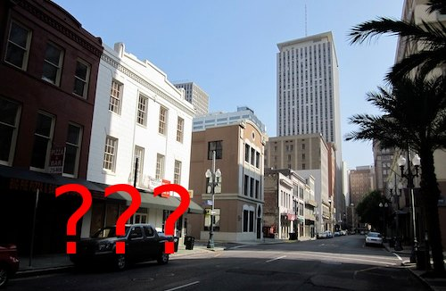 Looking down Baronne from Poydras. Lucky Rooster may or may not be on this block.
