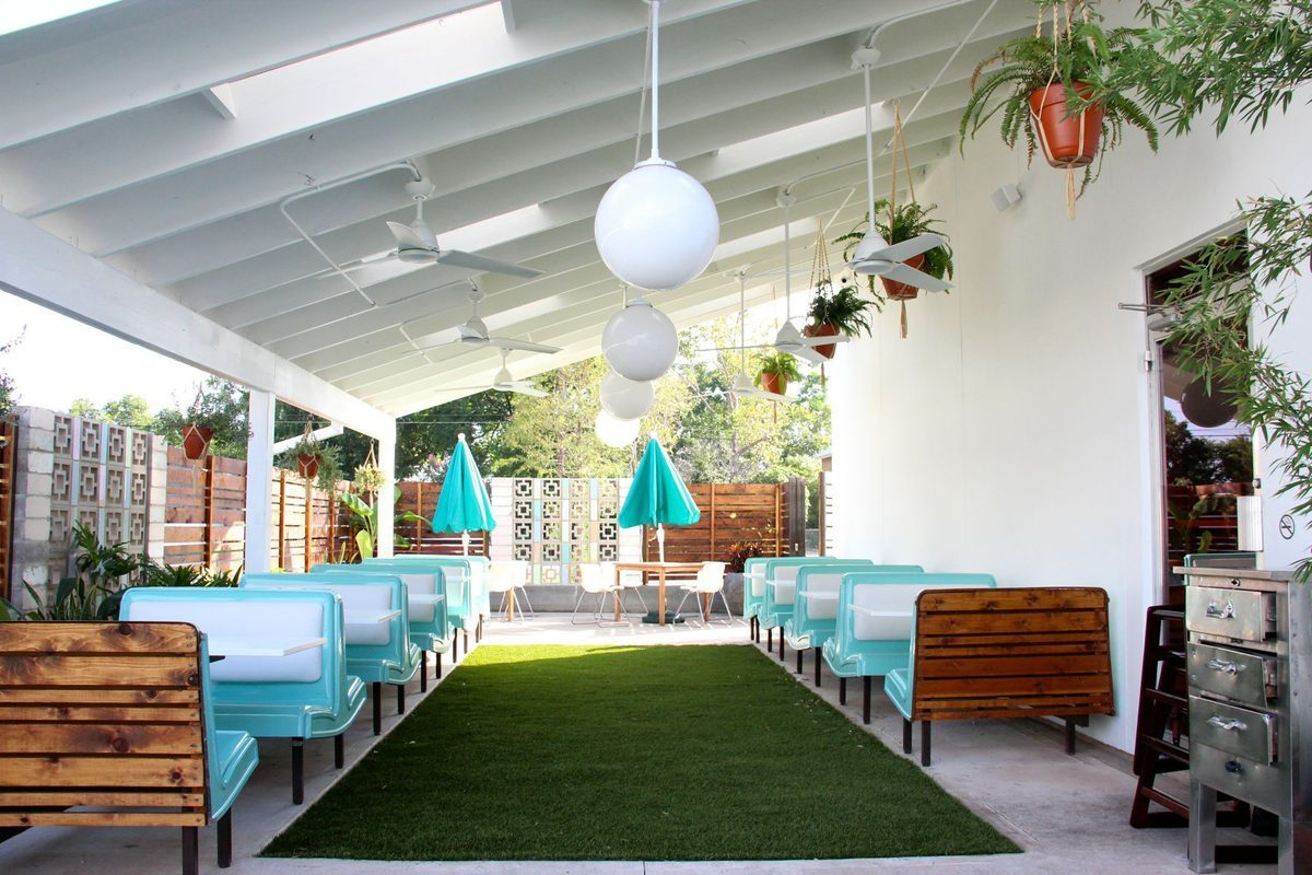 "<a href=""http://austin.eater.com/archives/2014/09/16/take-a-tour-of-midcentury-modern-stunner-sawyer-co.php"">Sawyer &amp; Co., Austin</a>"