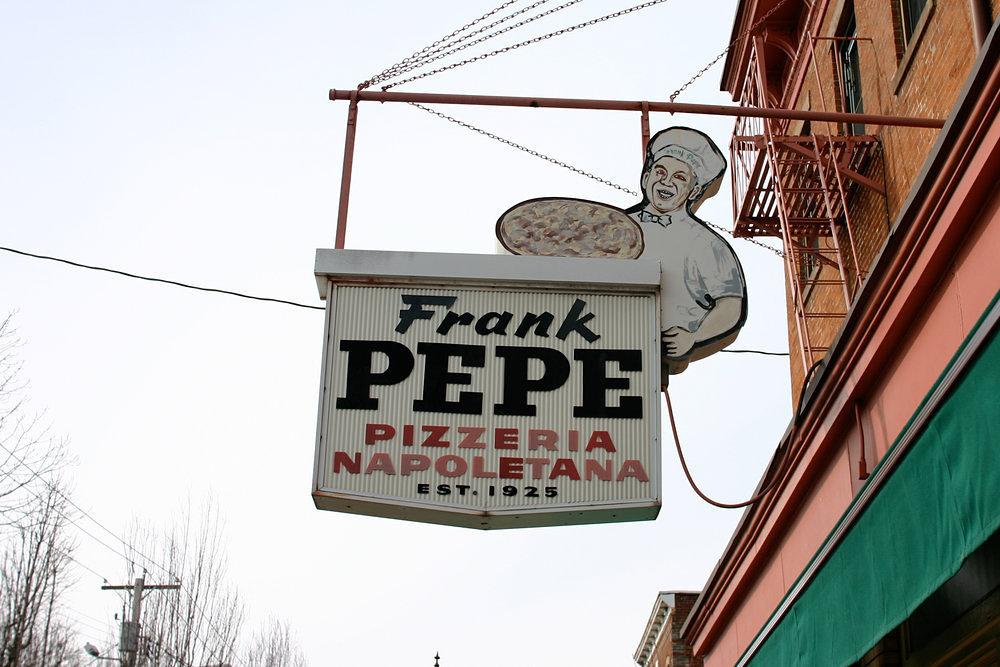 Frank Pepe Pizzeria Napoletana in New Haven, Connecticut