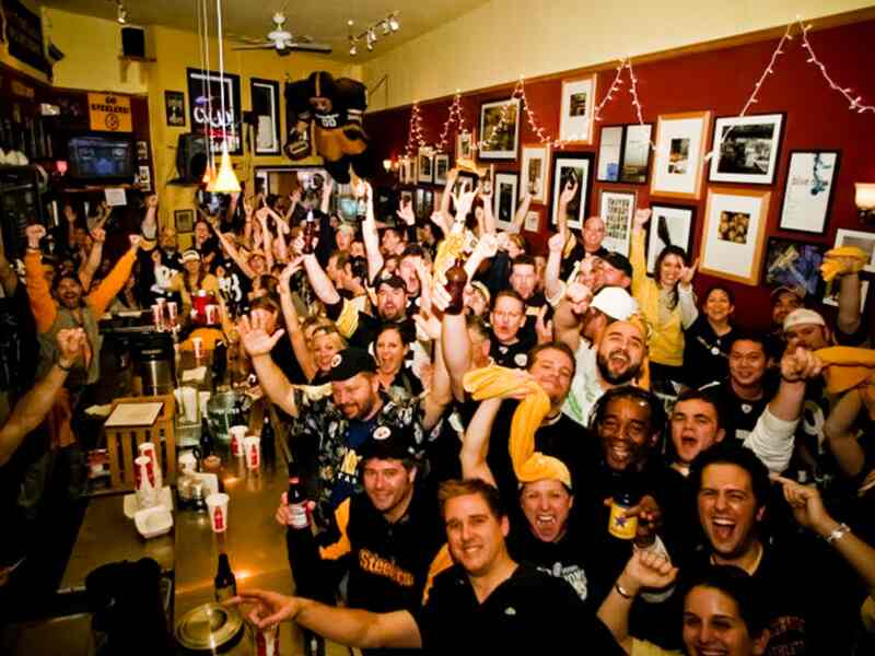 Steelers fans at Giordano Bros.