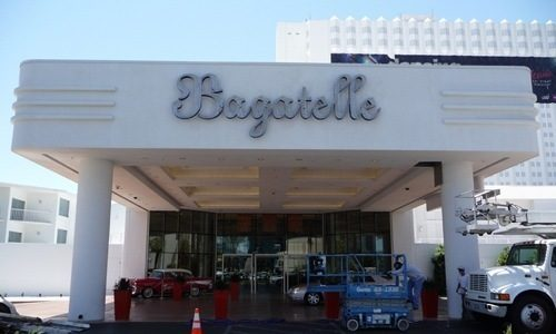 The new Bagatelle sign on the port-cochére at Tropicana Las Vegas.