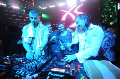 Afrojack, Sebastian Ingrosso, R3HAB and Jesse Waits hit the decks at the same time at XS Nightclub last Memorial Day weekend.