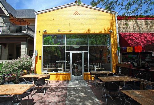 Gumbo's Louisiana Style Cafe