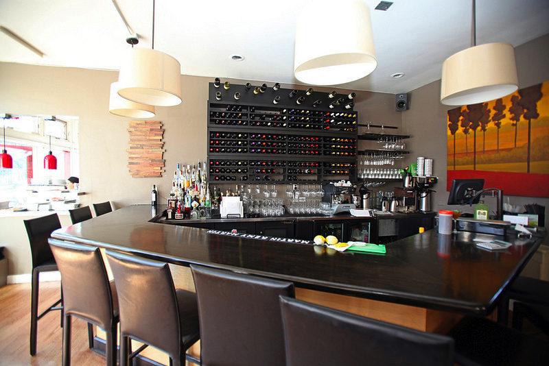 The bar at Olivéa