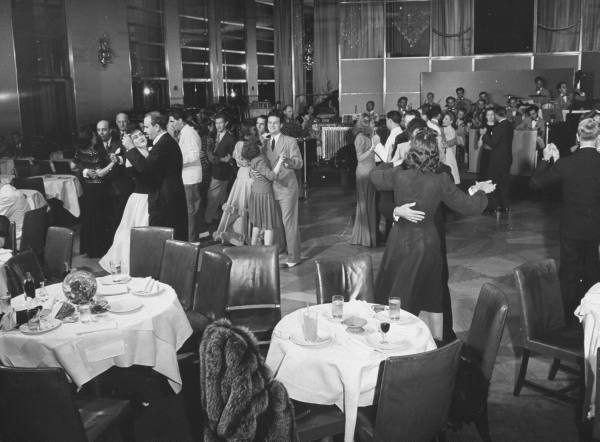 """The Rainbow Room, Bernard Hoffman, 1941, From the collections of LIFE [<a href=""""http://images.google.com/hosted/life/ba654cd26a65052d.html"""">link</a>]"""