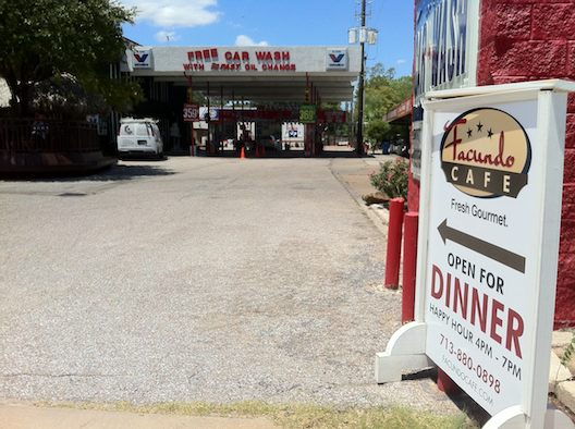 Facundo Cafe in Oak Forest, subject of this week's Houston Press review.