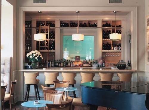 The bar at Emeril's Delmonico.
