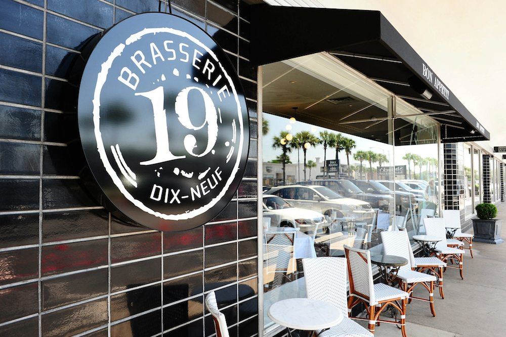 Brasserie 19.