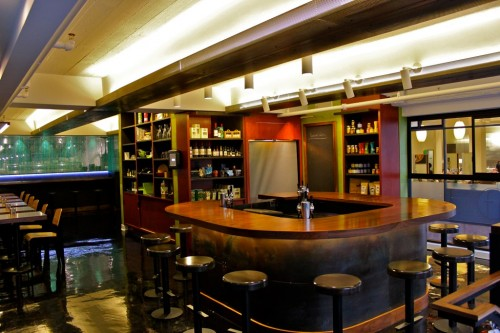 See the retail area behind the bar, and the crudo area to the left.