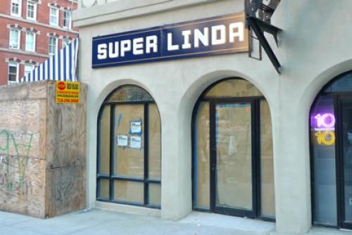 """Super Linda via <a href=""""http://tribecacitizen.com/2011/09/15/seen-heard-super-linda/"""" rel=""""nofollow"""">TC</a>"""
