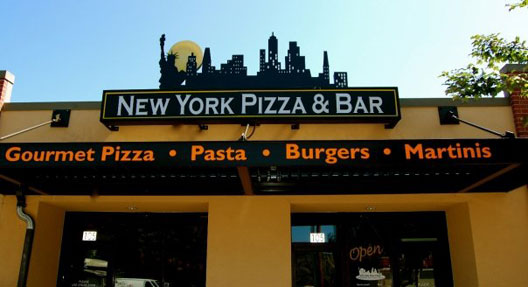"""New York Pizza &amp; Bar, Bellingham [Photo: <a href=""""http://www.facebook.com/photo.php?fbid=129384398105&amp;set=a.129383763105.108911.115400958105&amp;type=1&amp;theater"""">Facebook</a>"""