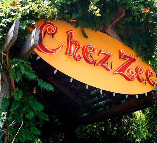 Chez Zee.