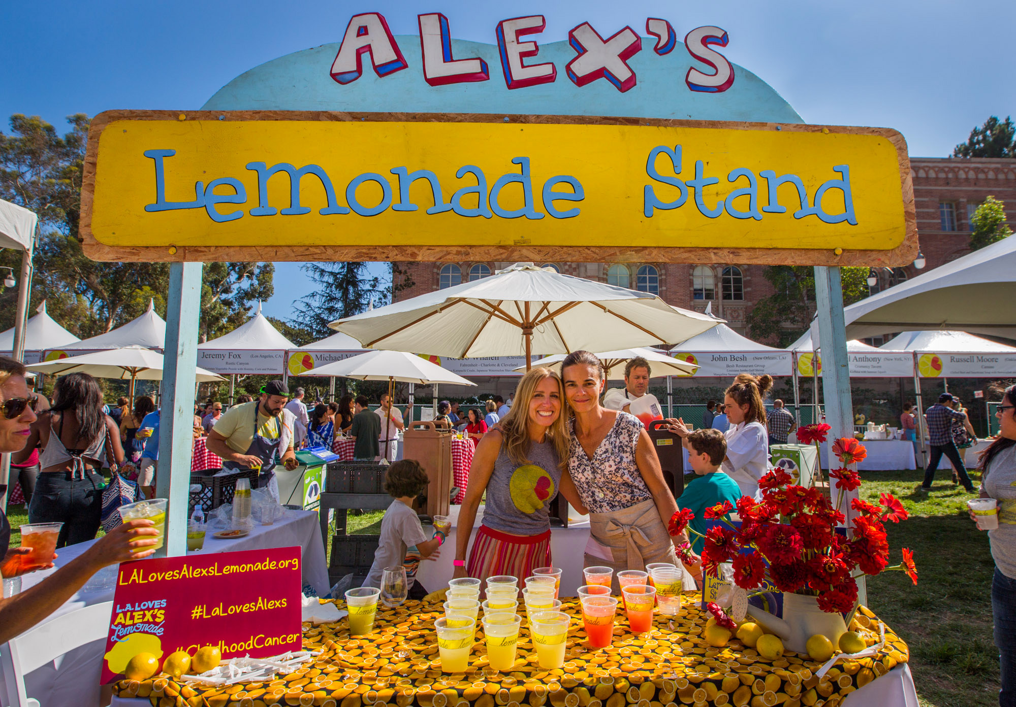 Front of Alex's Lemonade Stand