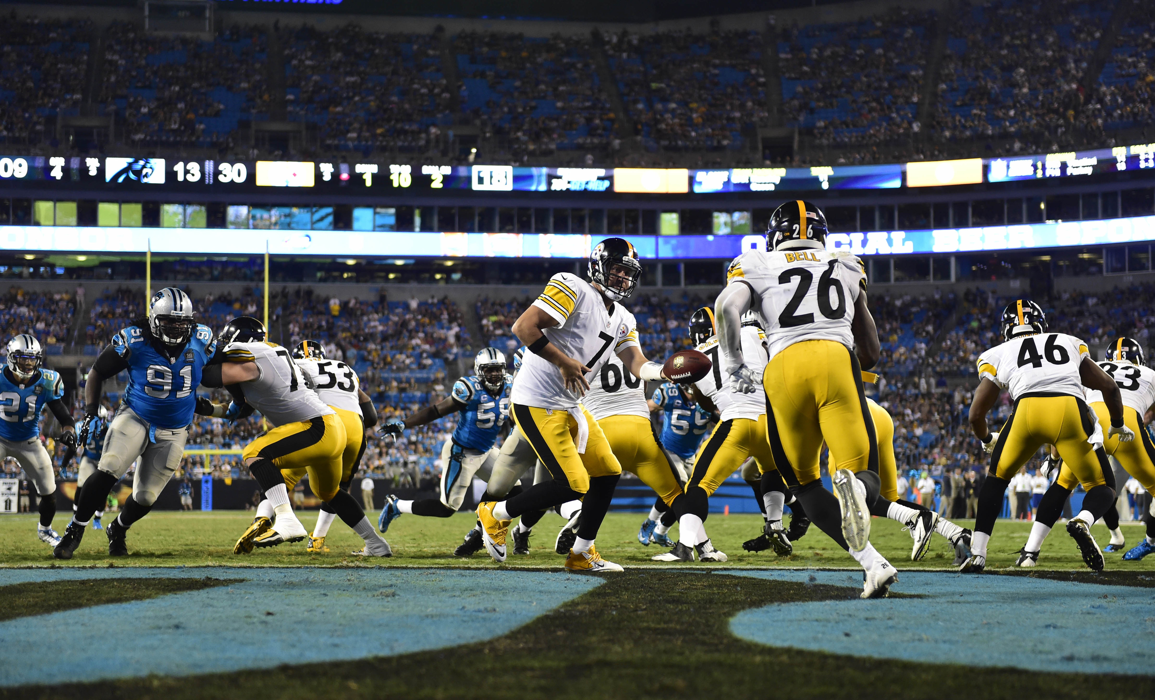 Steelers offensive line opens holes a truck could drive through for Le'Veon Bell