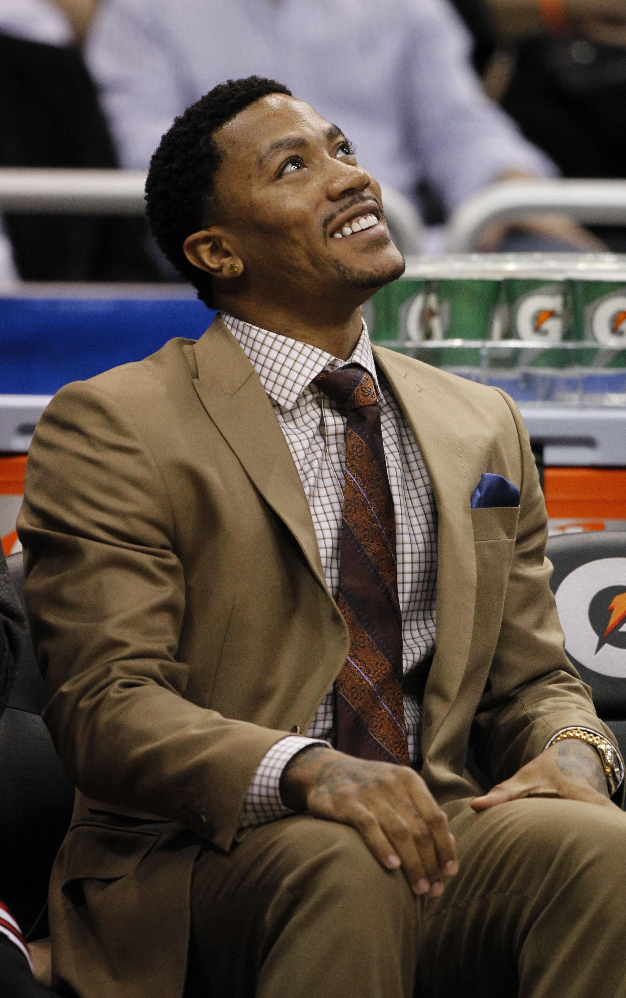 Derrick Rose donates $1 million to Chicago charity