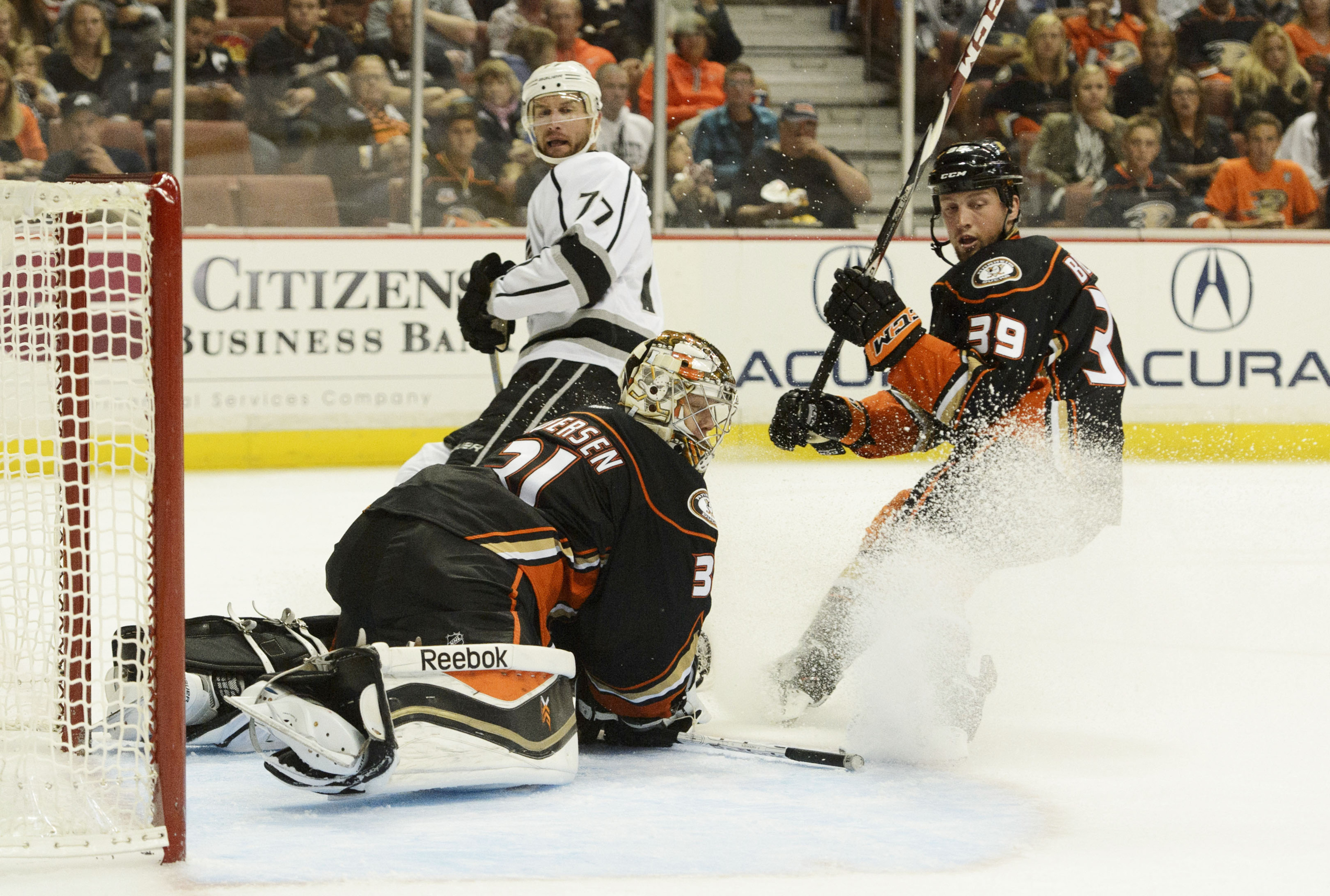 Jeff Carter drove the LA offense, picking up his first three goals of the preseason.