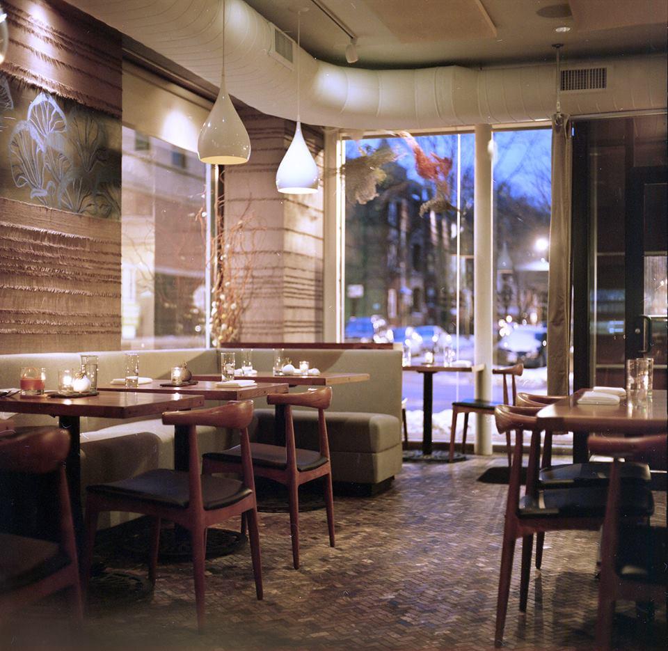 Senza dining room