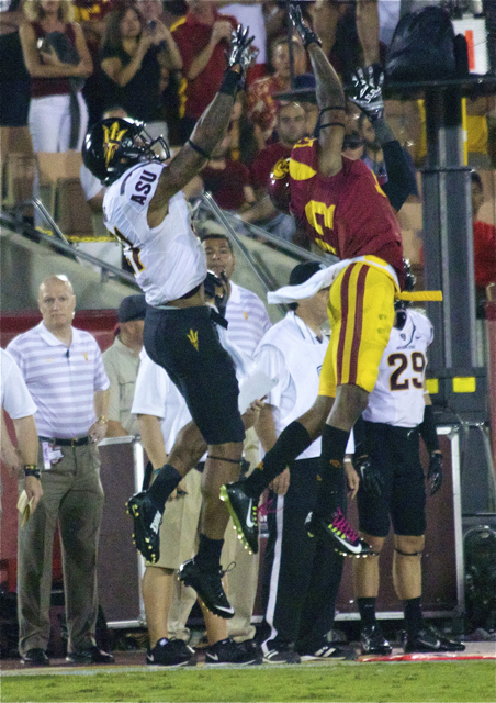 Kevon Seymour jumps in front of Jaelen Strong forcing an incompletion.