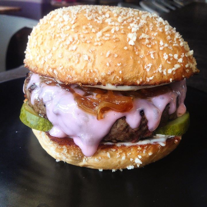 L.A. Restaurant Serves Hello Kitty Burger With Pink Cheese