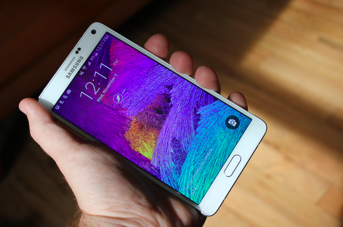 The Galaxy Note 4 is a gigantic phone, but a great gaming device
