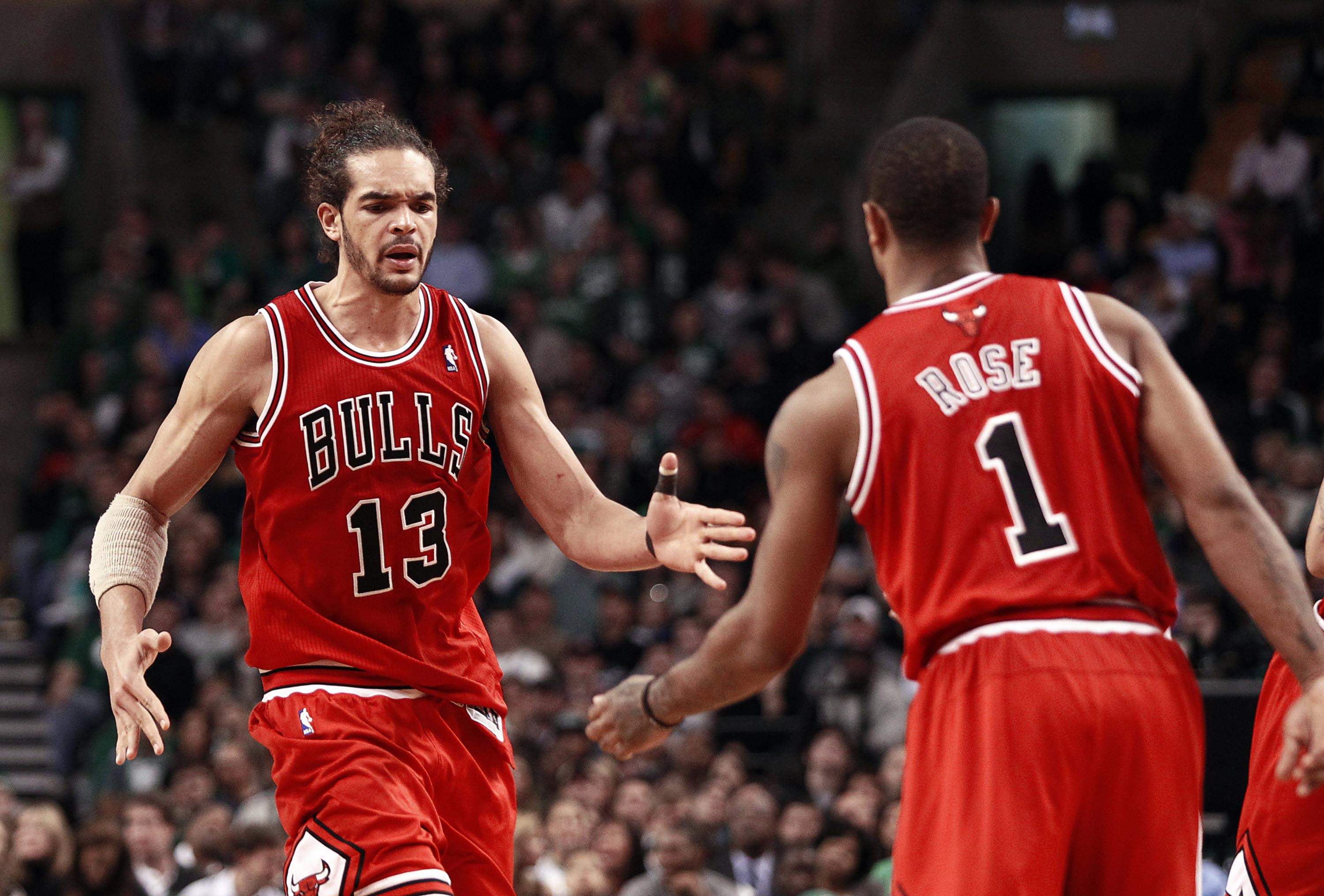 ce115352431 Joakim Noah tells everyone to  chill the F    out  over Derrick