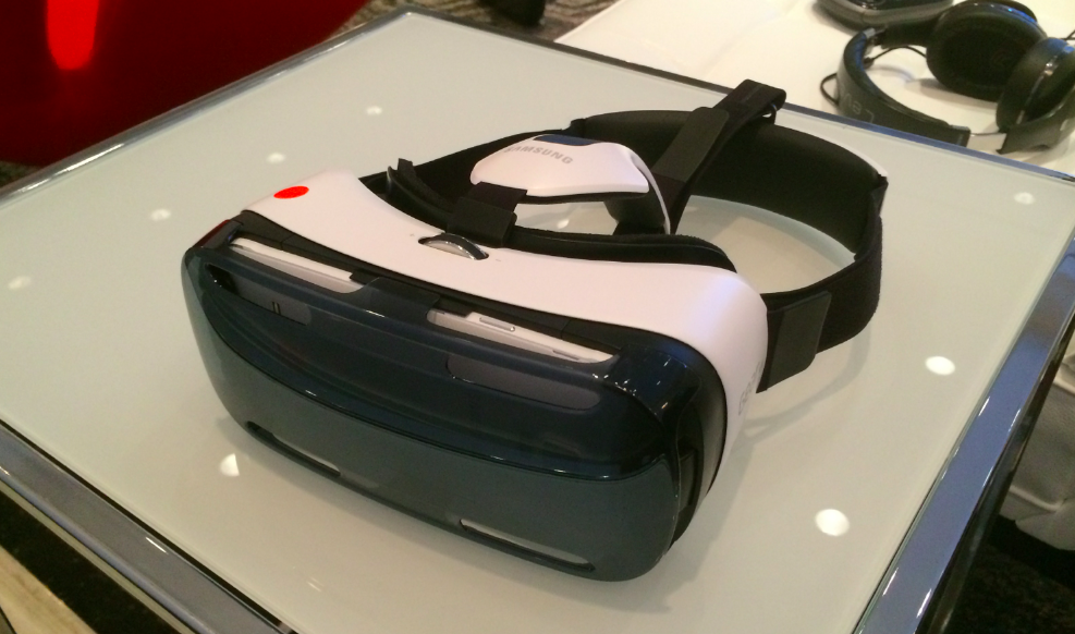 "Gear VR is coming ""early December,"" starting at $200"