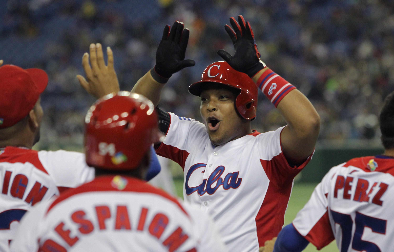 Yasmany Tomas, baseball's next Cuban star