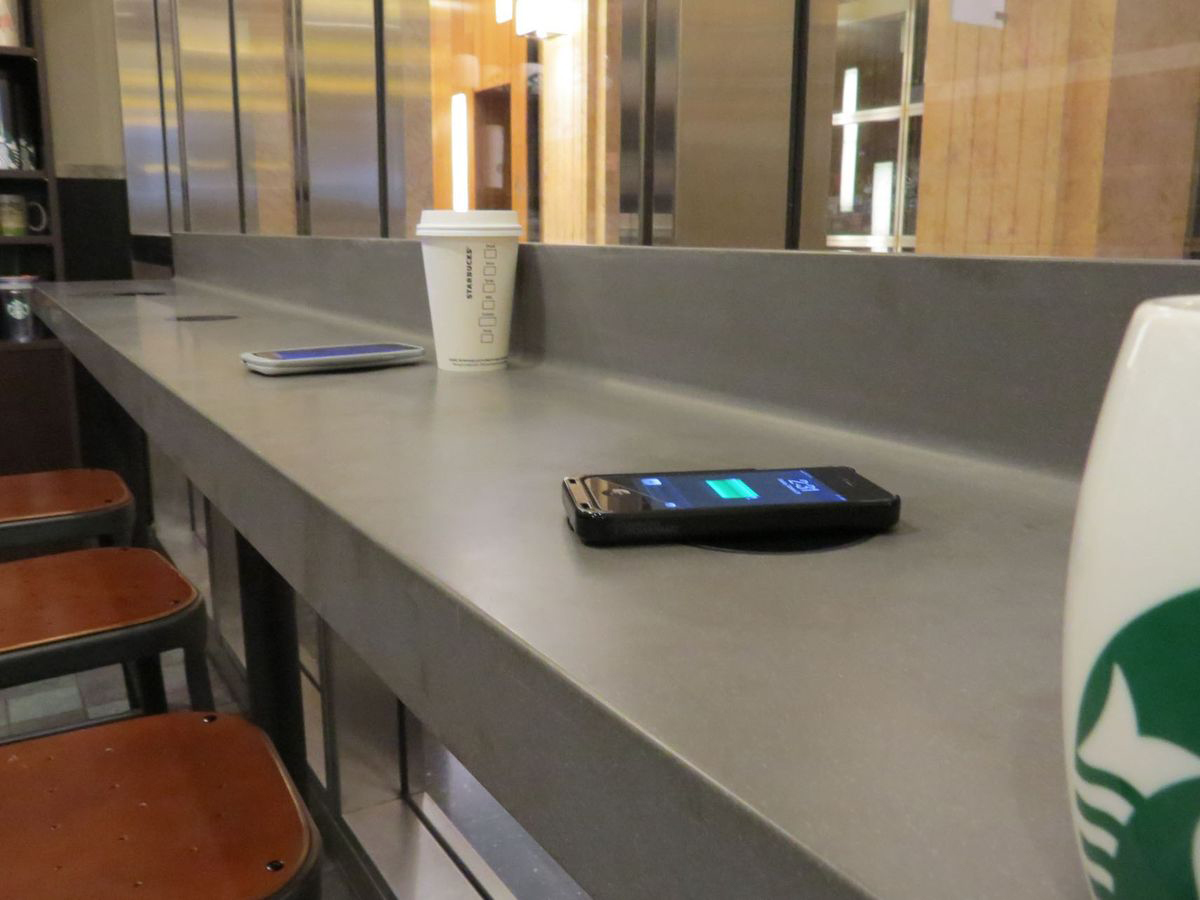Wireless Charging Arrives at 200 Starbucks Locations in California