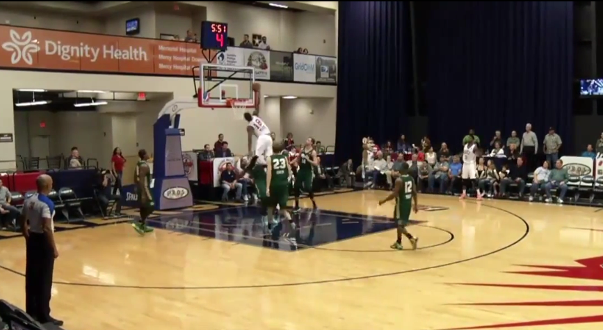 Elijah Millsap throws down poster dunk in the D-League