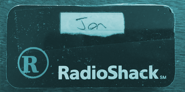 A eulogy for RadioShack, the panicked and half-dead retail empire