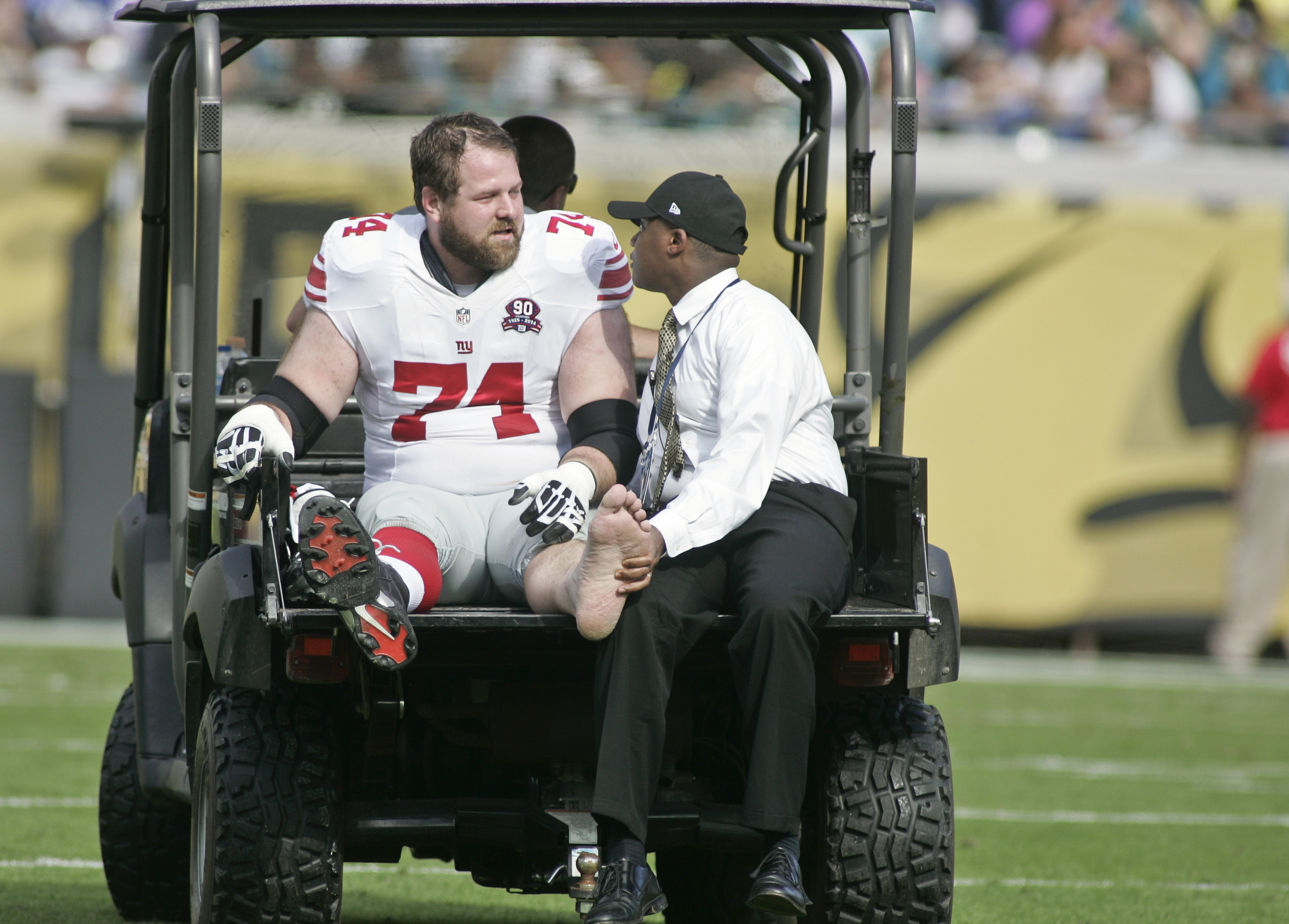 Geoff Schwartz is carted off the field on Sunday