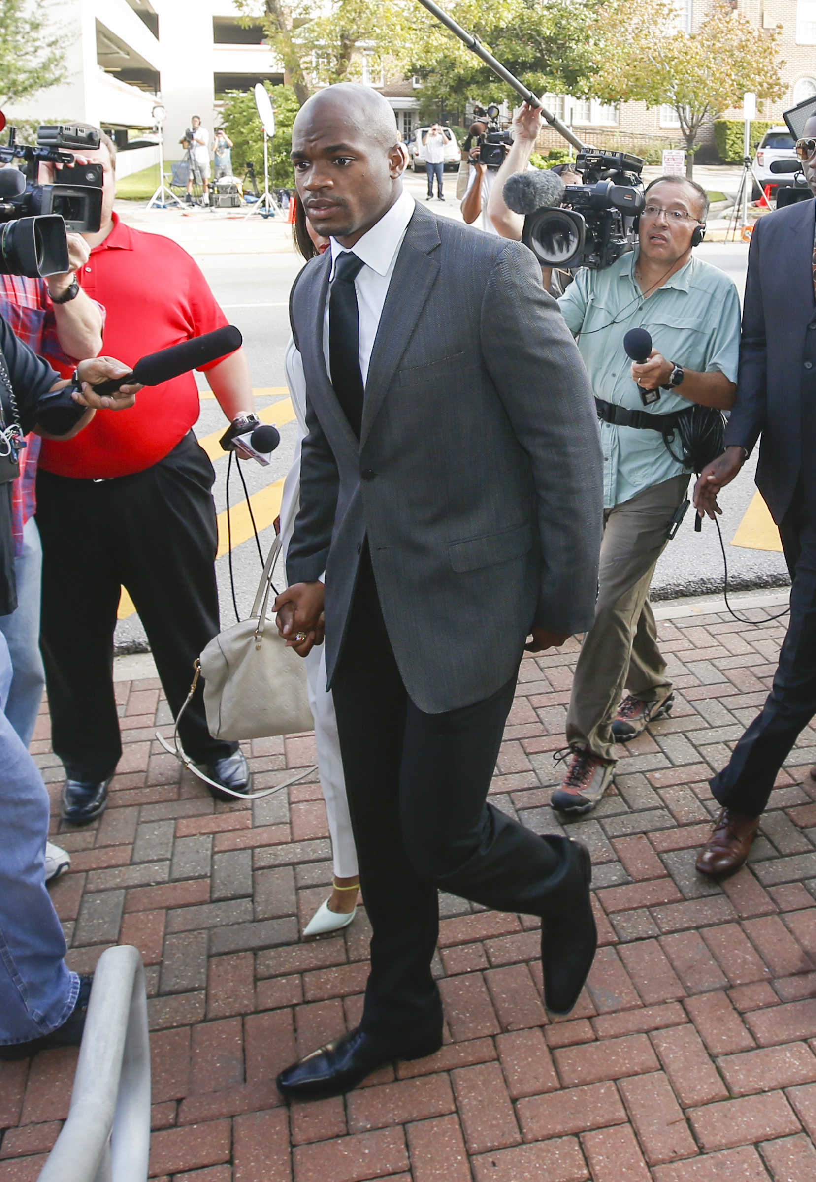 Adrian Peterson wonders 'how did Ray Rice get reinstated before me?'