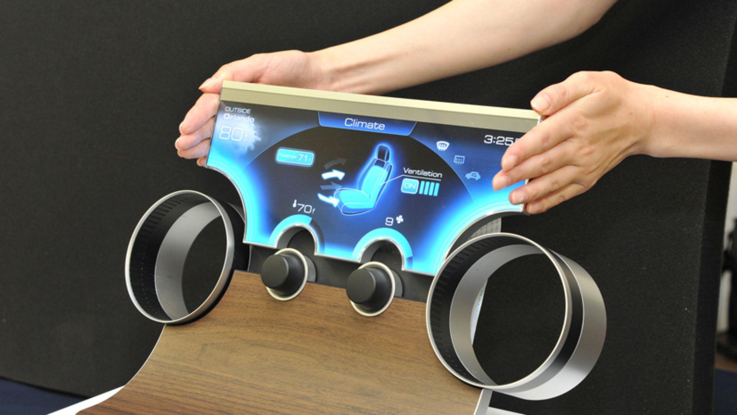 Report: Nintendo eyeing shape-shifting LCD screens from Sharp