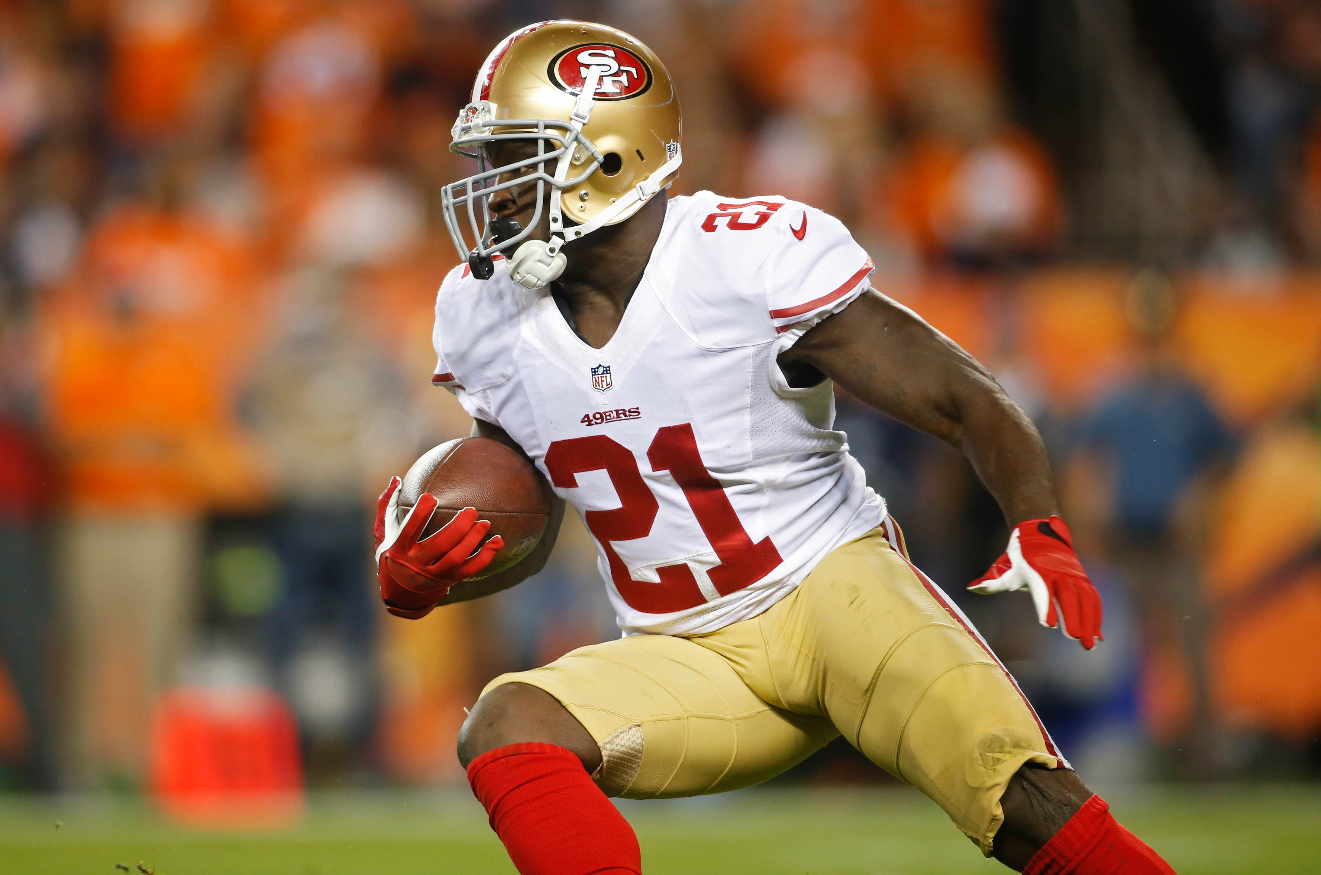 The 49ers are 6-0 when Gore carries the rock at least 15 times. So why has he only had that many carries 6 times this season?