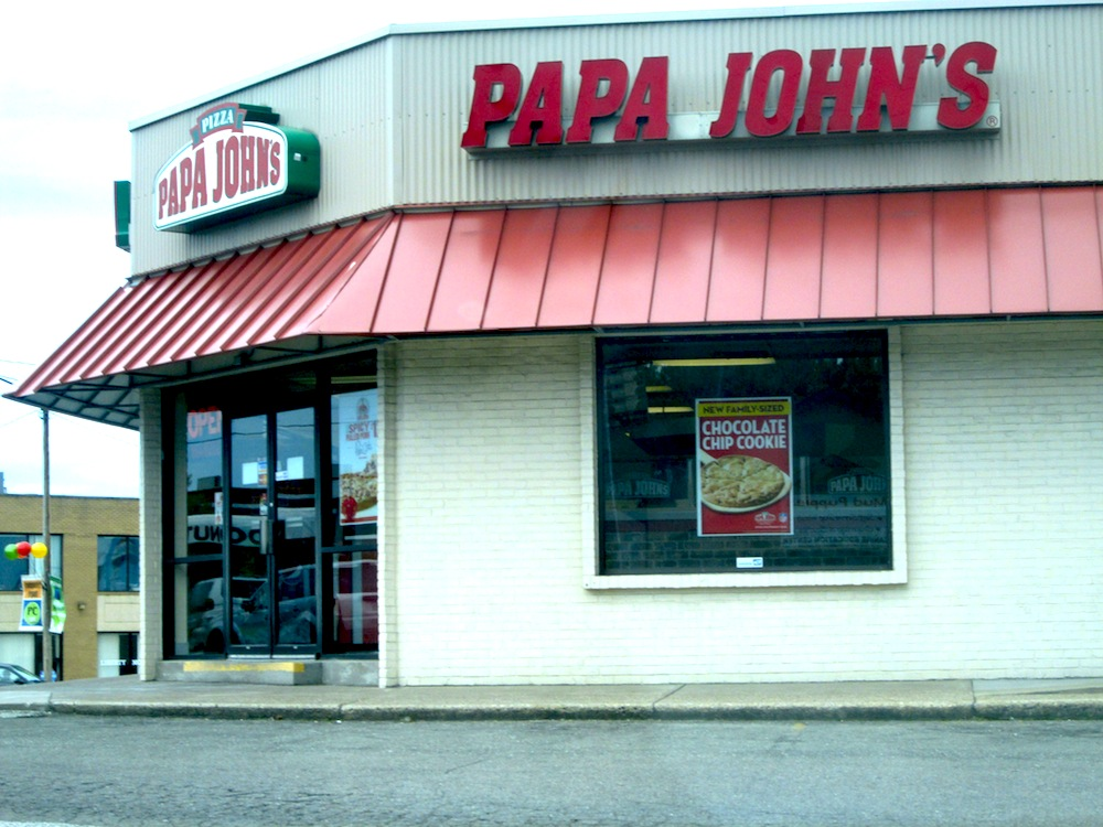Papa John's Employee Saves Herself by Shooting Robber in the Face