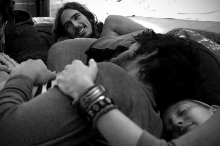 """A group cuddle therapy session; photo via <a href=""""http://laurencrabbephoto.com/2010/12/13/cuddle-therapy-2/"""">Lauren Crabbe</a>"""