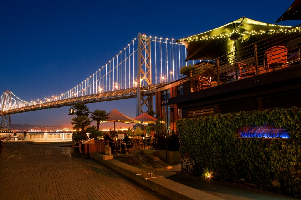 """Photo <a href=""""http://hauteliving.com/2014/12/10-best-bay-area-restaurants-new-years-eve/536923/"""">via</a>"""