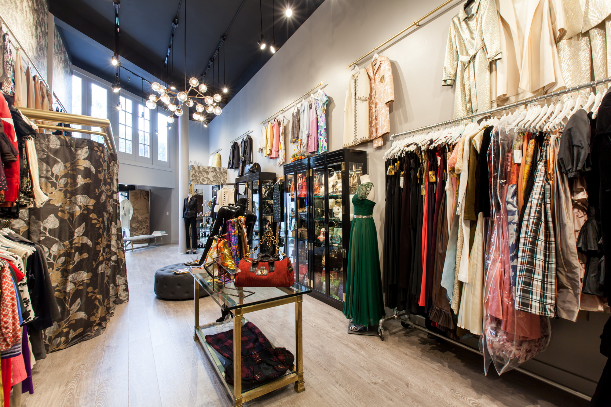 """Black Friday is coming, and Sui Generis is just one of the many SF stores that will be slashing prices. Photo: <a href=""""http://www.patriciachangphotography.com"""">Patricia Chang</a> for Racked"""