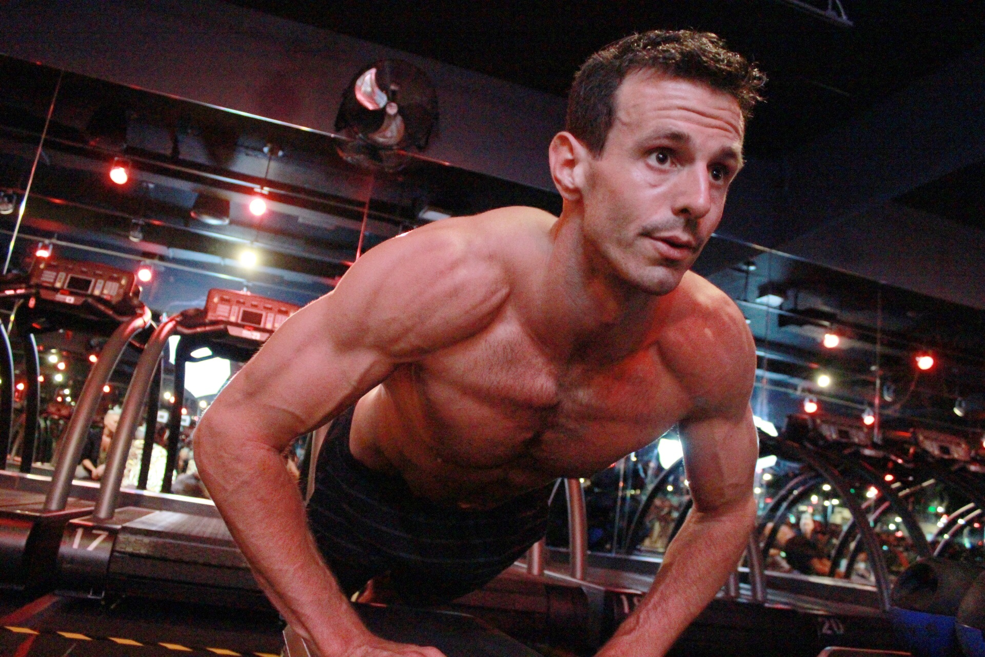 """Chris Reid will be leading the Thanksgiving troops at Barry's Bootcamp. Photo by <a href=""""http://arlenewatson.tumblr.com"""">Arlene Watson</a> for Racked"""