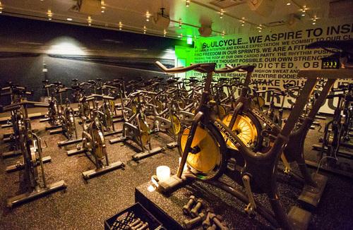 "SoulCycle Beverly Hills. Photo by <a href=""http://www.elizabethdanielsphotography.com/"">Elizabeth Daniels</a>."